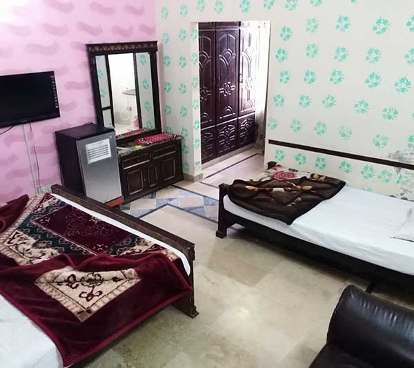 Family Suite Master Bed Room-BL4