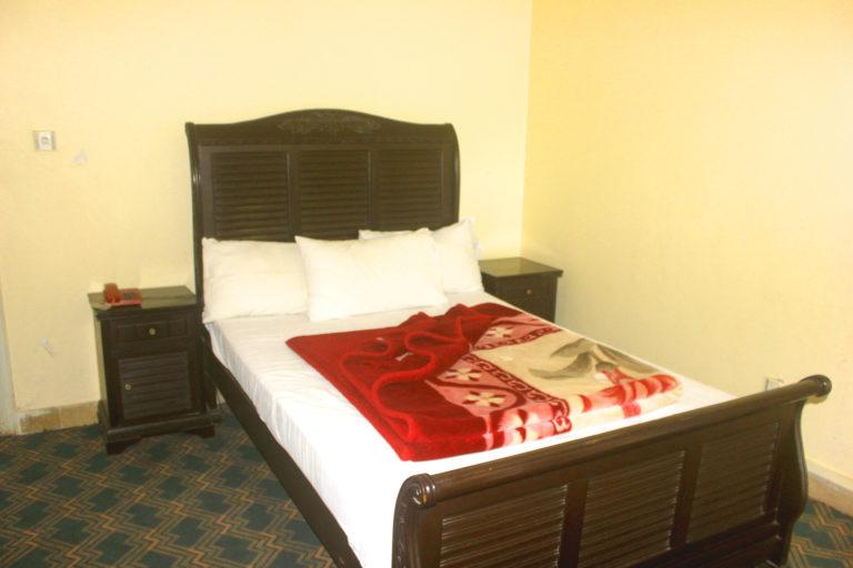 Single Master Bed Room-1-BL1